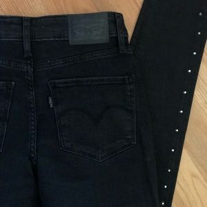 721 Levi's Black Skinny Jeans